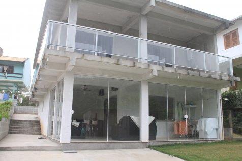 Casa na Silveira 3 Dorm 250mt praia Rua Sem Saída