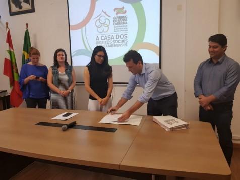 Secretaria de Assistência Social de Garopaba será contemplada com veículo Zero Quilômetro