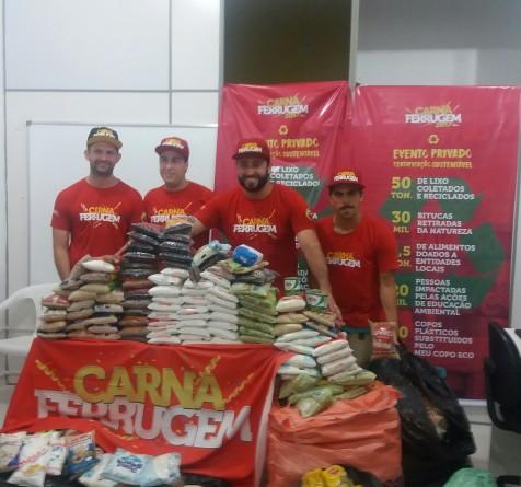 Secretaria de Assistência Social recebe doação de alimentos do evento Carnaferrugem