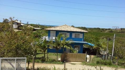 Casa superior na Praia do Silveira Canto Sul 200mt praia